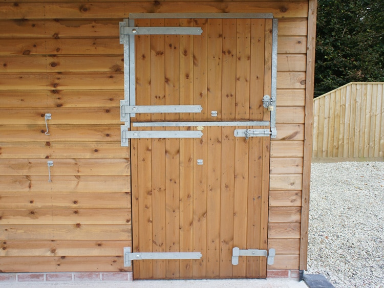Secure and high-quality stable doors and stable design